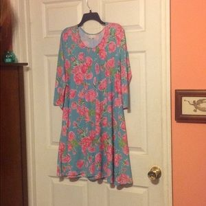 NWOT Allover Rose Print Dress by SIMPLY SOUTHERN